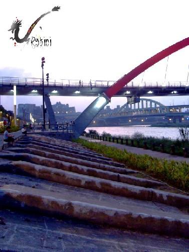 2008-09-09孔明車迎風觀山河濱公園46.JPG